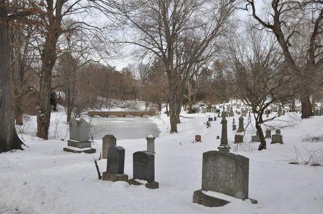 Salem_Greenlawn_Cemetery_1